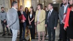 Корнелия Нинова усеща слабост в думите на Борисов