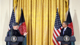 Вашингтон и Кабул потвърдиха, че ще преговарят с талибаните