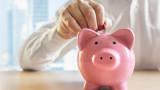 Фирмите и гражданите трупат още спестявания в банкови депозити
