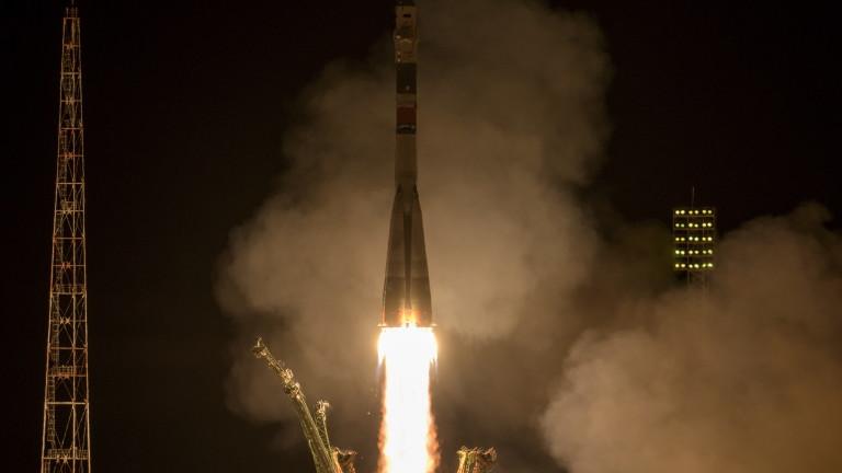 """""""Союз МС-12"""" пристигна на МКС"""