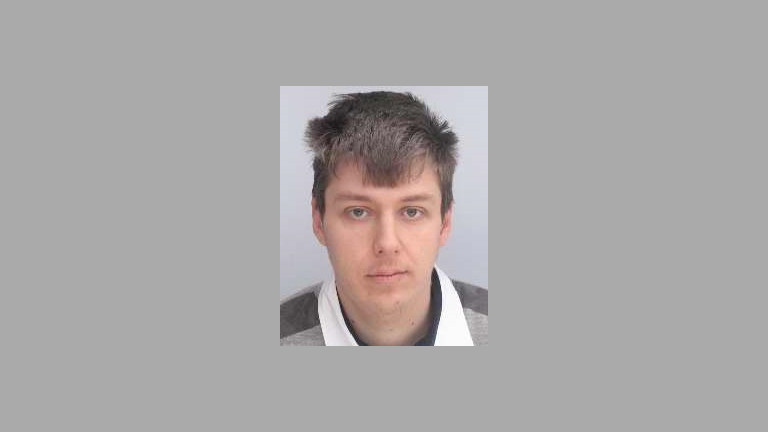 Полицията във Варна издирва 32-годишен мъж