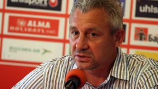 Няма проблеми с парите на футболистите в ЦСКА