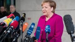 Меркел преговаря с Шулц и Зеехофер за коалиция