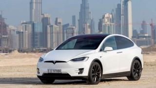 Автомобил на Tesla се взриви на паркинг в жилищна сграда в Китай (Видео)