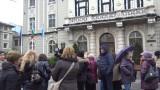 Протестират в болница в Пловдив заради масово напускане на медицински сестри