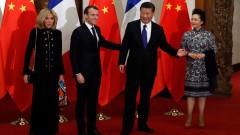 Макрон завладява китайския път на коприната с расов гвардейски жребец