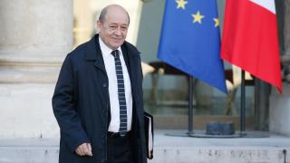 Франция настоя Полша да не пренаписва историята