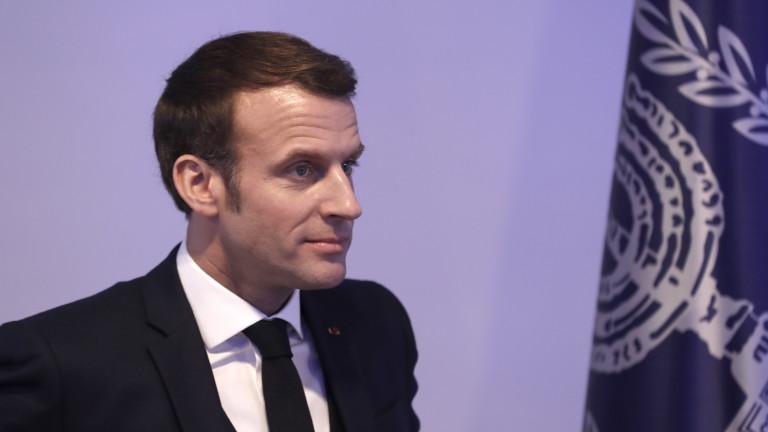 Френският президент Еманюел Макрон беше видимо ядосан на израелската полиция