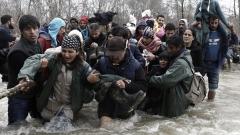Задържаха 23 мигранти край пазарджишкото село Калугерово