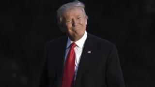 """Нова """"офанзива"""" на Тръмп в """"Туитър"""", доказва правотата си да уволни шефа на ФБР"""