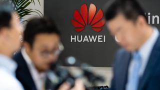 След решението на Вашингтон: Google орязва достъпа на Huawei до редица важни продукти и услуги