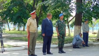 Армията не е само за паради, обяви Каракачанов в Пловдив