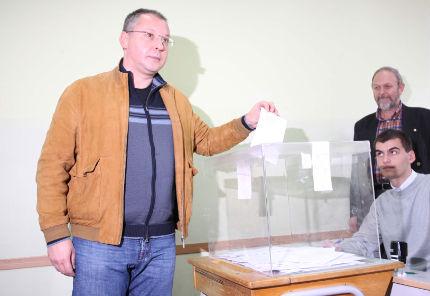 Станишев: Не правете целувка на смъртта с управляващите