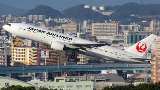 Japan Airlines разкри инструмент за преодоляване на ужаса с плачещи бебета на самолета