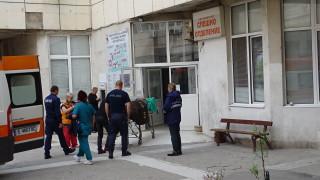 Нападателят на медиците в Гоце Делчев е приет в благоевградската болница