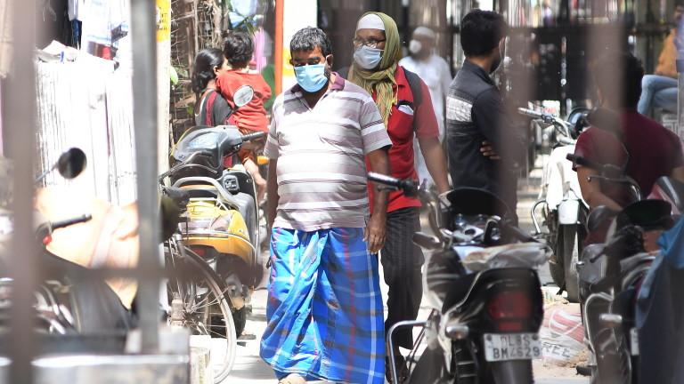 Индия е изправена пред трудна битка за овладяване на огнища
