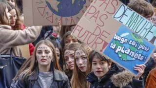 И в Белгия хиляди ученици пропуснаха занятия, за да протестират за климата
