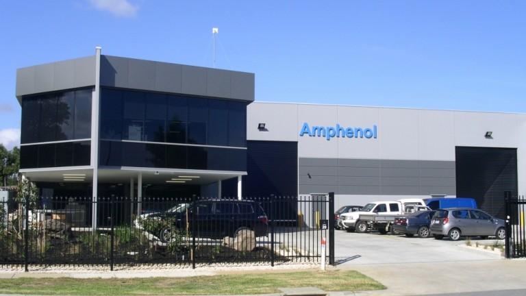 Американският производител на автомобилна електроника Amphenol Automotive Technology отвори фабрика