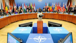 Операцията в Либия извади наяве проблемите в НАТО
