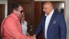 """Министър Кралев се срещна с председателя на федерацията """"Спорт за хора със зрителни увреждания"""" д-р Иван Янев"""