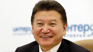 Поискаха оставката на Кирсан Илюмжинов