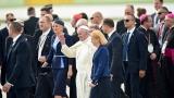 Папа Франциск: Светът е във война, но не и война между религиите