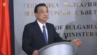 Къцян приветства в София обединена Европа и силно евро