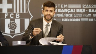 Лионел Меси и Сеск Фабрегас ще помагат на Жерар Пике за новия му клуб