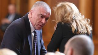 """Марешки иска извинение от ГЕРБ за фалшива новина за """"Воля"""""""