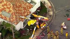 Хеликоптер падна върху къща в Южна Калифорния