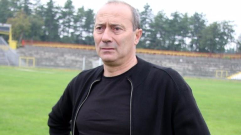 Емил Велев пред ТОПСПОРТ: Животът в Левски е много бърз, но Гошо Тодоров би трябвало да остане