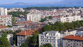 Премахват незаконните строежи в Бургас