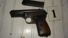 Откриха множество боеприпаси и оръжия в дома на 66-годишен варненец