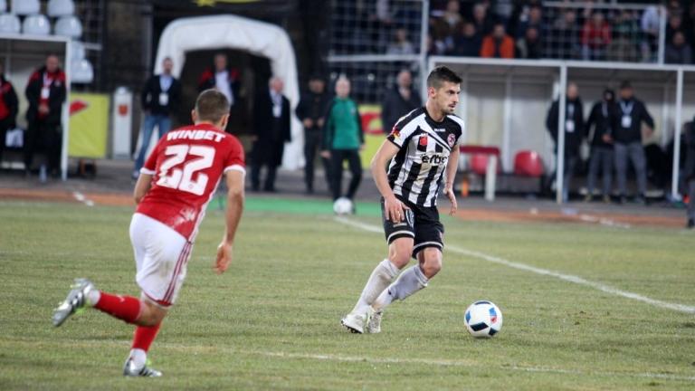 Симеон Мечев започна тренировки с отбор във Втора лига