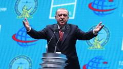 Ердоган отсече: Турция няма да спазва санкциите на САЩ срещу Иран