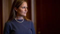 Ейми Барет се срещна със сенатори