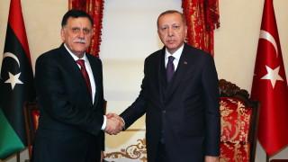 Русия разтревожена от перспективата Турция да изпрати войски в Либия