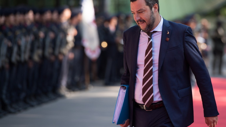"""Разследват Матео Салвини заради бежанците от кораба """"Дичота"""""""
