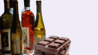 Как се съчетава вино с шоколад