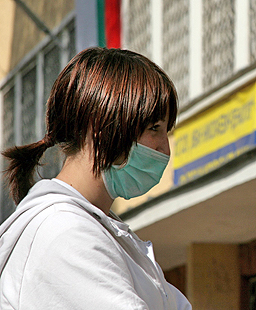 Прогнозират 2 г. пандемия от новия грипен вирус
