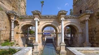 Над 40 % спад на чуждите туристи в Турция заради кризата със сигурността