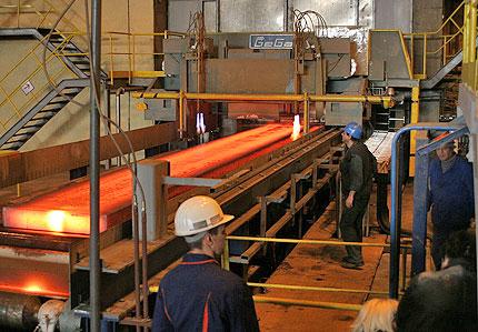 Още 5 металургични завода спират производство заради газа