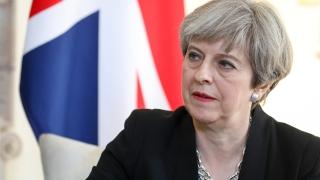 Тереза Мей с предизборно обещание да прекрати свободното движение на хора от ЕС