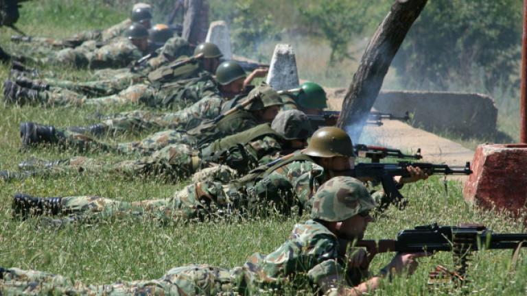 Обявиха конкурс за 246 вакантни позиции в Сухопътните войски