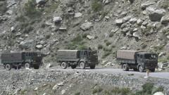 Четирима китайски войници са убити при граничния сблъсък с Индия