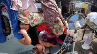 Мощният тайфун Нок-Тен бушува във Филипините