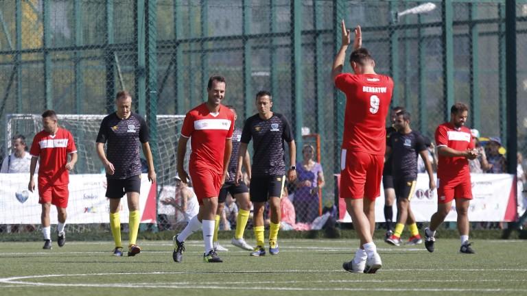 Бившият футболист на Манчестър Юнайтед Димитър Бербатов записа обещана победа