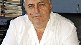 """Директорът на """"Пирогов"""" аргументира уволненията"""