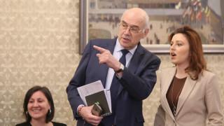 КЕВР чака закон или съдебно решение за цени със задна дата