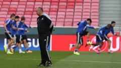 В Астана не забравиха Станимир Стоилов, отборът продължава напред в Европа